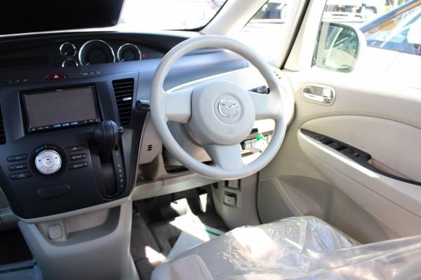 ビアンテの運転席